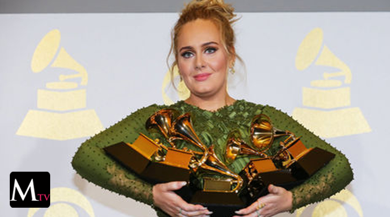 Insólito: Adele rompió su Grammy para compartirlo