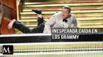 Terrible caída de James Corden en los Grammy