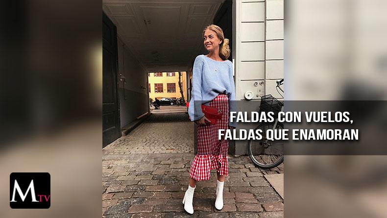 Falda cruzada, a cuadros vichy y con volantes de moda