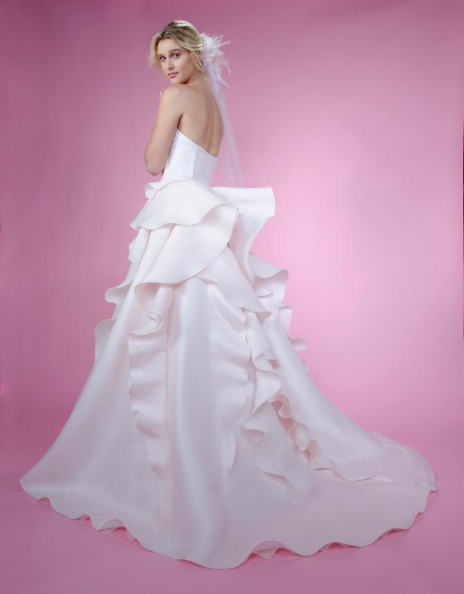 VESTIDOS DE NOVIA QUE ESTUVIERON EN LA PASARELA NEW YORK BRIDAL WEEK ...